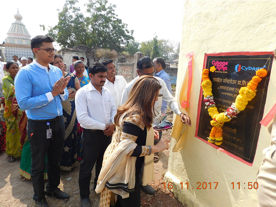 De-silting and toilet construction completed in Mavadi Kade Pathar